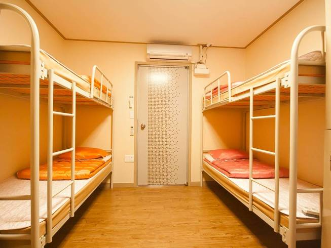 Dormitory(Bunk bed, Room for 6)